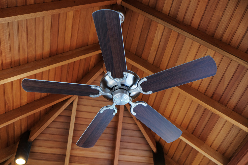 Benefits of Installing a Ceiling Fan